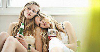 Zákon vytlačil mladé z hospod - děti pijí doma